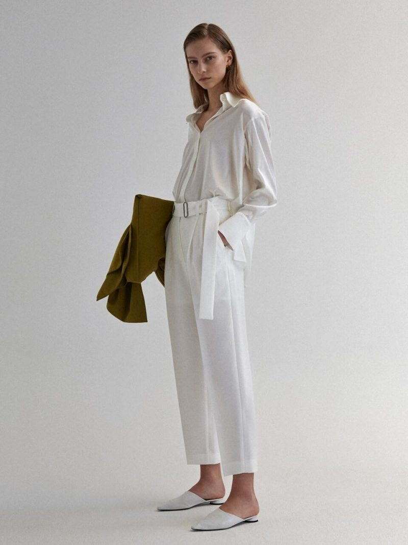 Belted 2-Tucks Trousers