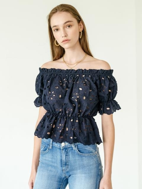 Clara Eyelet Off Shoulder Blouse_Navy
