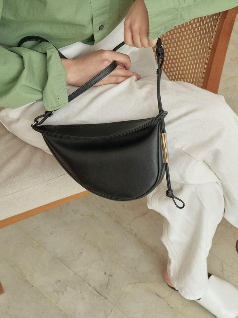 Croissant Medium Bag Black