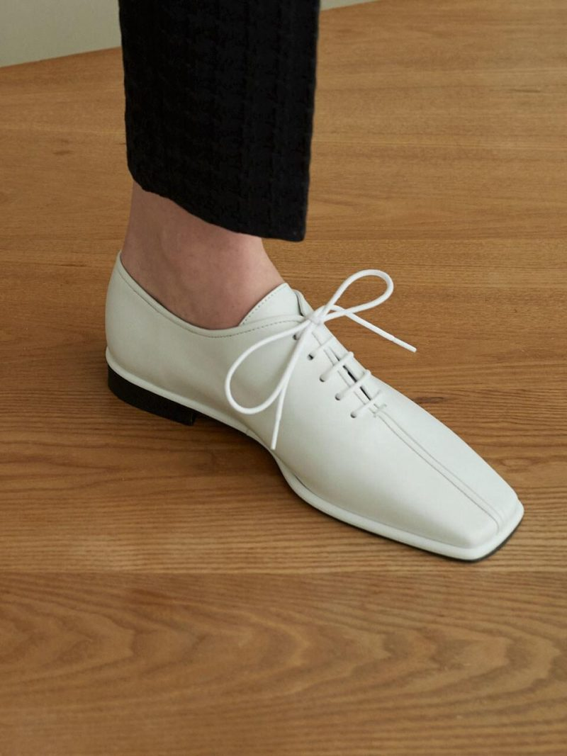 Lase Loafers_White