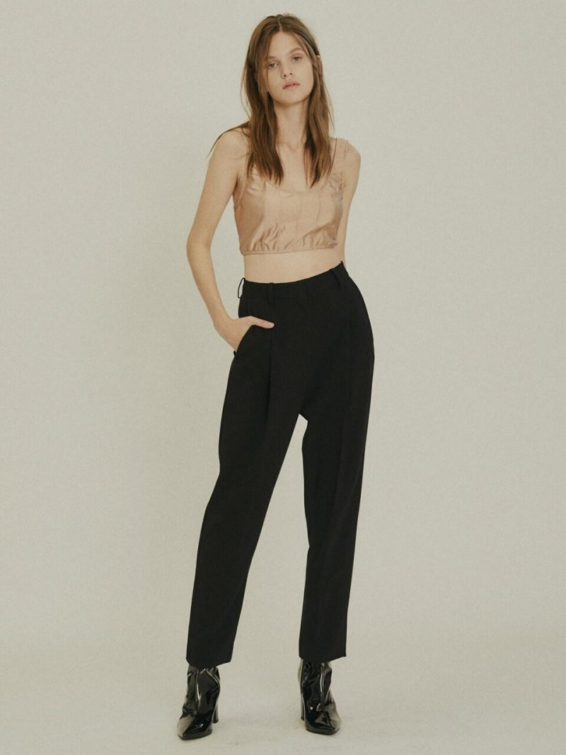 (Priority Shipping) One Tuck Tapered Trousers