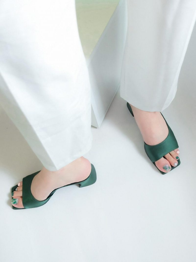 Satin Middle Heel Slippers