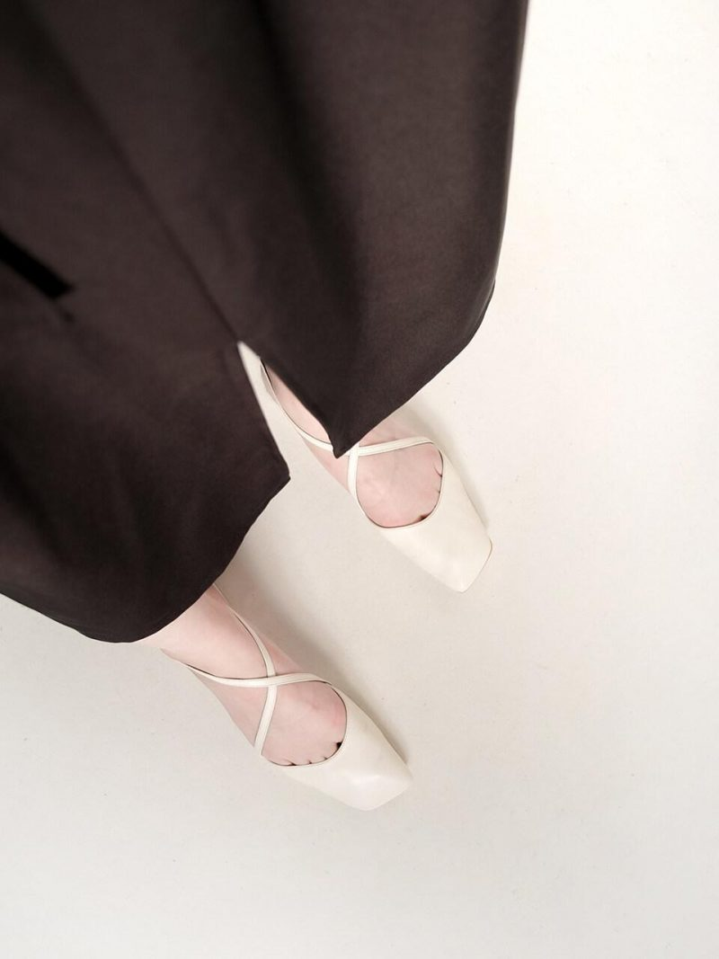 Squre X Line Flat Shoes_Las20_White