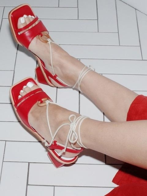 Wood Ring Strap Sandals Red