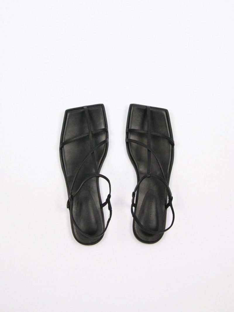 Yves Sandals Leather Black