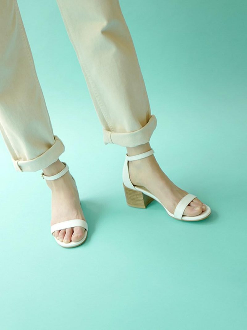 Canna Sandals In Pure White