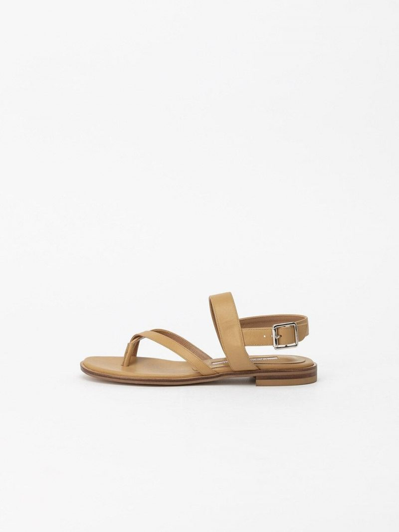 Holly Flat Sandals In Tuscan Yellow