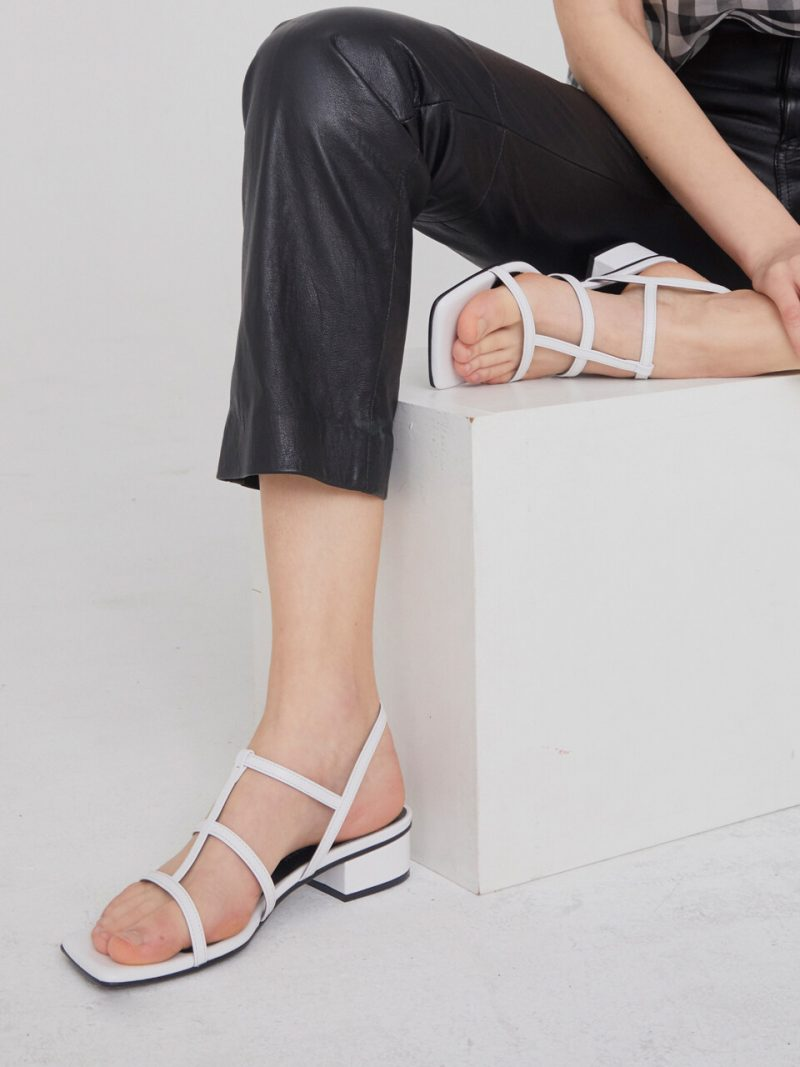 3 Straps Pointed Sandals_CCSD31_WHITE