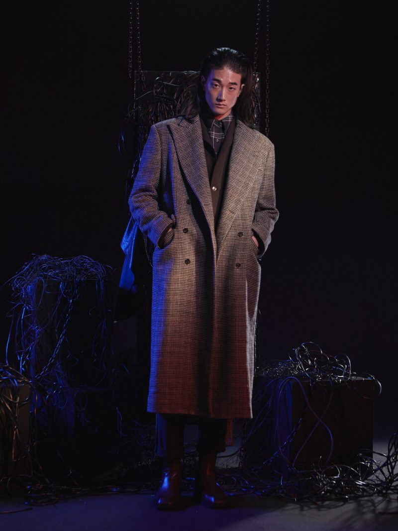 Chain Check Long Coat Brown
