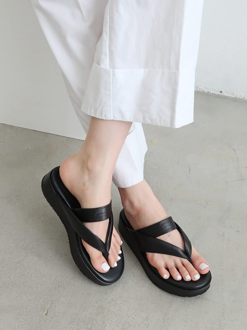 [Exclusive] IS_1249 Padded Flip Flop Sandals_2 Colors