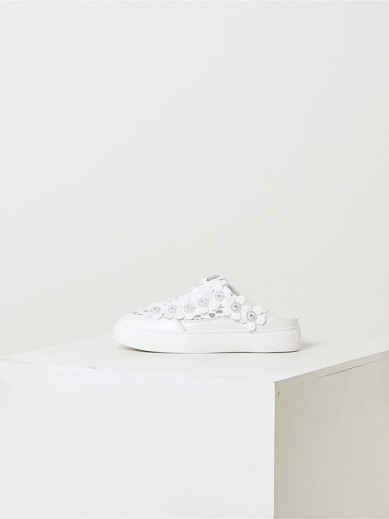 White Flower Leather Sneakers Mule